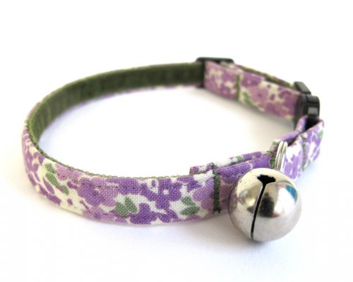 little lilac cat collar